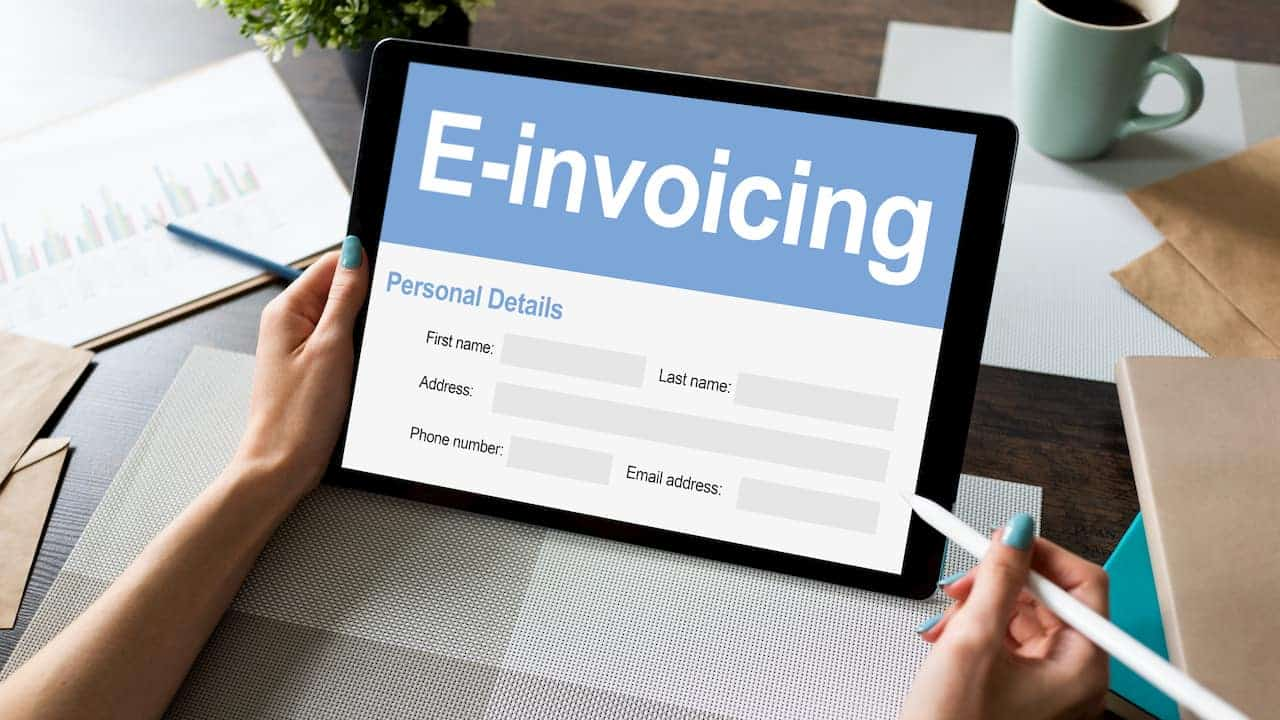 Manage Your Invoices the Right Way